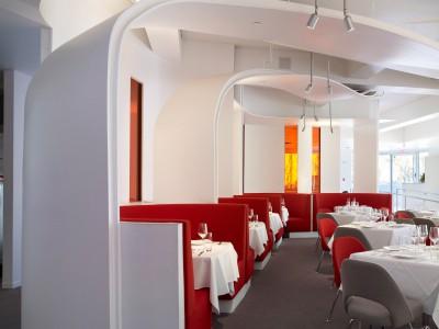 Knoll Studio Eero Saarinen Tulpen Stuhl und Tulpen Tisch_7151_m,0