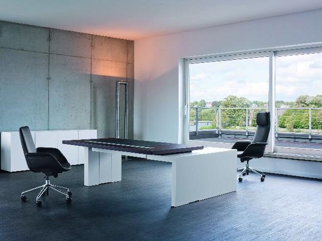 11_Schreibtisch-2