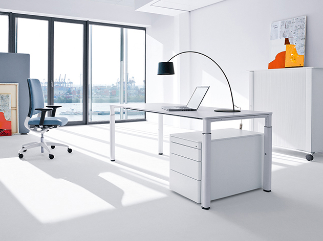 11_Schreibtisch-9